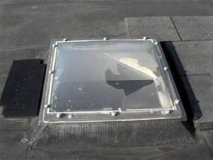 lichtkoepel-onveilig-kapot